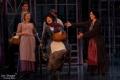 Eveline Suter als Eliza Doolittle mit Ensemble